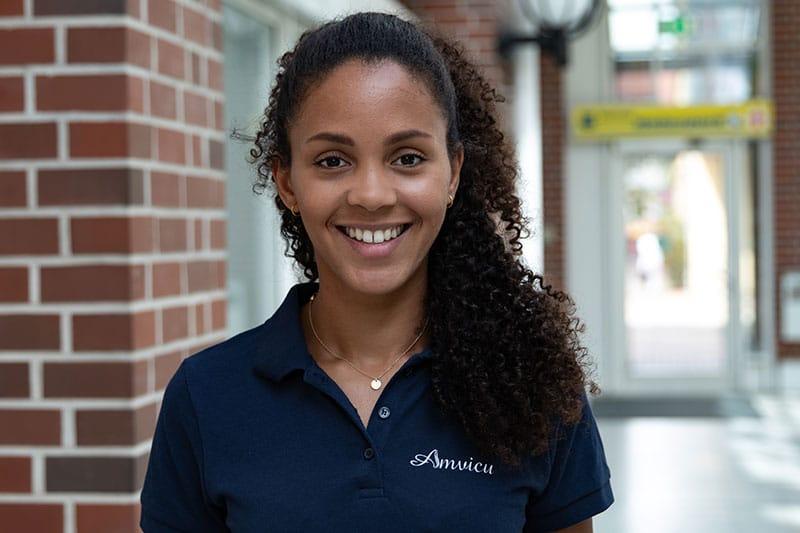 Denise Imoudu - Büromanagement & Anmeldung